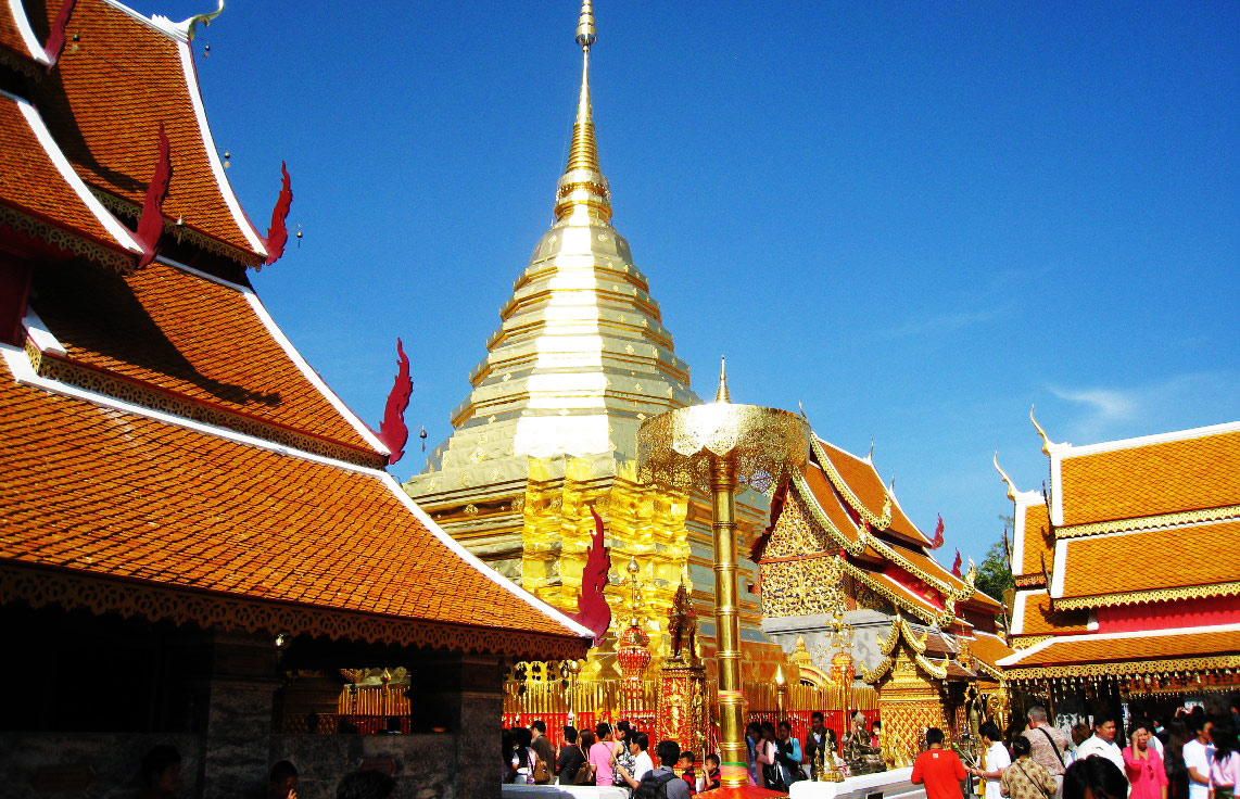 templos-chaing-mai-press-abroadWat-Phra-Doi-Sutep